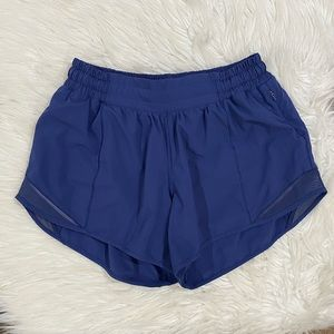 "Lululemon Hotty hot 4""- Gatsby blue"